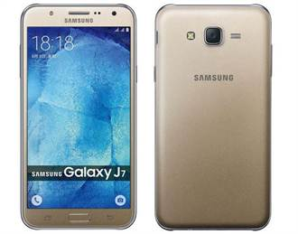 主打拍照 三星推平價雙卡機Galaxy J7