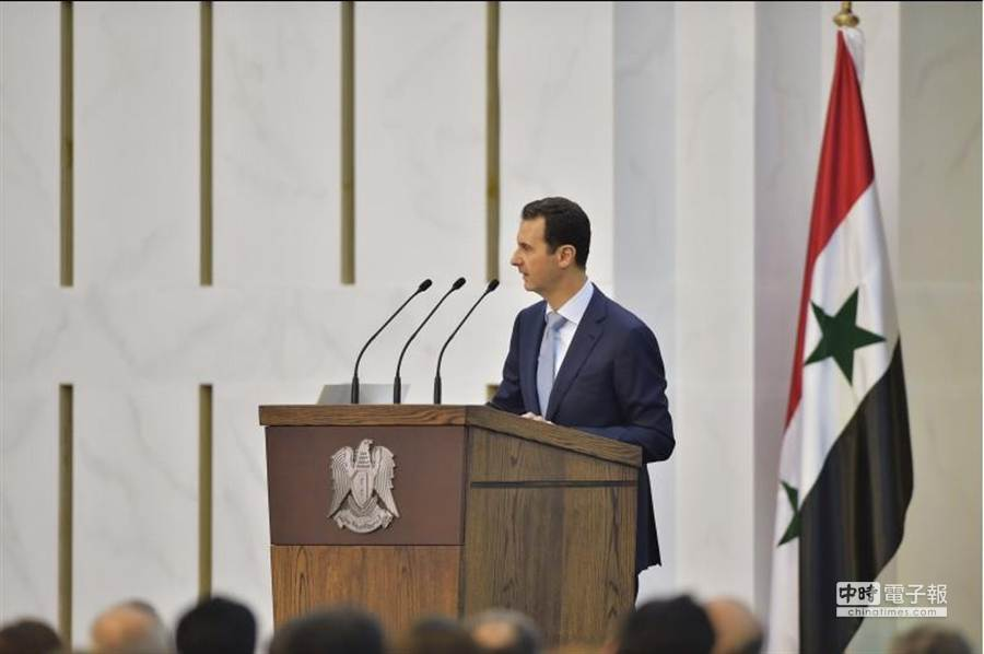 敘利亞總統巴夏.阿塞德26日公開承認兵力不足,無法控制全國。(美聯社)
