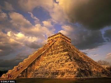 瑪雅金字塔下發現巨大天坑!竟隱藏了1千多年