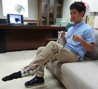 輔英科大研發穿襪輔具 嘉惠腦脊髓損傷患者