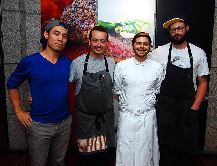 有台灣血統的「華府最好吃拉麵餐廳」主廚 Erik楊鎮宇(右2)率〈Toki Underground〉夥伴自即日起至9月5日客座台北晶華酒店。(圖/姚舜攝)