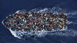黑幫大發難民財 獲利逾軍火毒品