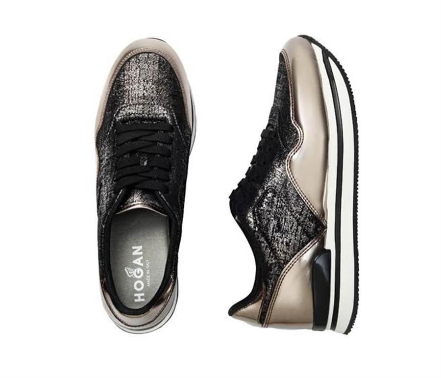 H222金屬壓紋皮革拼接鏡面皮革繫帶休閒鞋建議售價21,200元。圖片提供/HOGAN