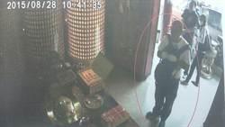 偷兩次財神爺錢 換鎖裝沒偷仍遭逮
