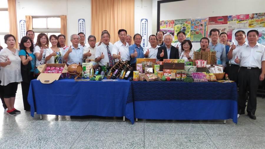 二林鎮各界為10月3日要登場的儒林文化季活動熱場。(鐘武達攝)