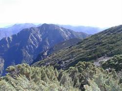 馬博拉斯山搜救失聯機 重裝備得走4天