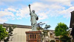 雲南出現山寨自由女神像 網友熱議