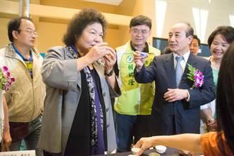 觀佛畫 陳菊讚王金平是台灣和諧正面力量