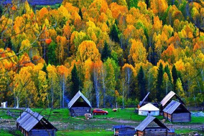 新疆喀纳斯被稱為東方瑞士。(人民網)
