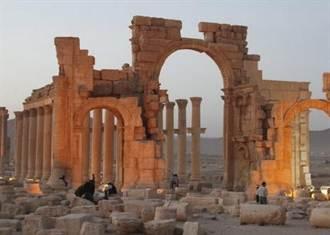 古蹟破壞者!伊斯蘭國再炸燬帕米拉凱旋門