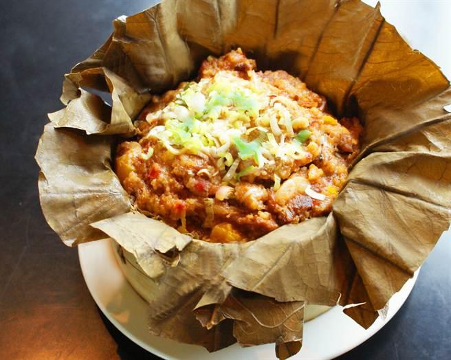 高雄國賓川菜廳的「南瓜粉蒸肉排」。(業者提供)