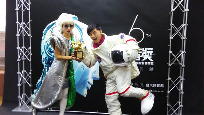 黃子佼(右)與Mami將一起主持金音獎頒獎典禮。(記者廖慧娟攝)