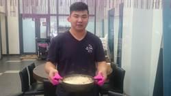 柔道國手謀生困難 改學揉麵開餐館