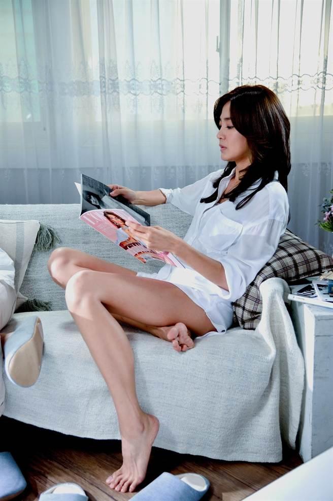 洪小鈴擁有一雙性感美腿。(三立提供)