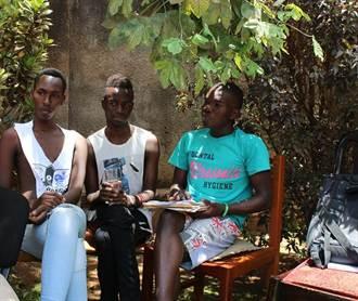 打破刻板印象 失業烏干達LGBTI青年創立劇團