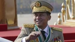 緬甸總司令向翁山蘇姬賀勝選