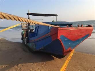 金門海域發現無人船 疑自大陸漂來