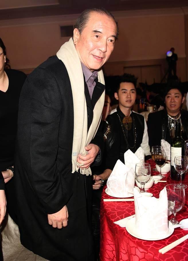 柯俊雄1月出席民視尾牙,當時身體硬朗。(圖/本報系資料照片)