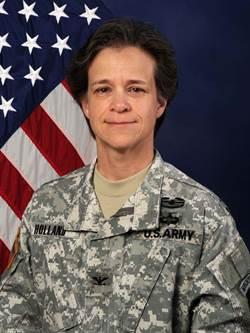 美國西點軍校 出現首位女指揮官