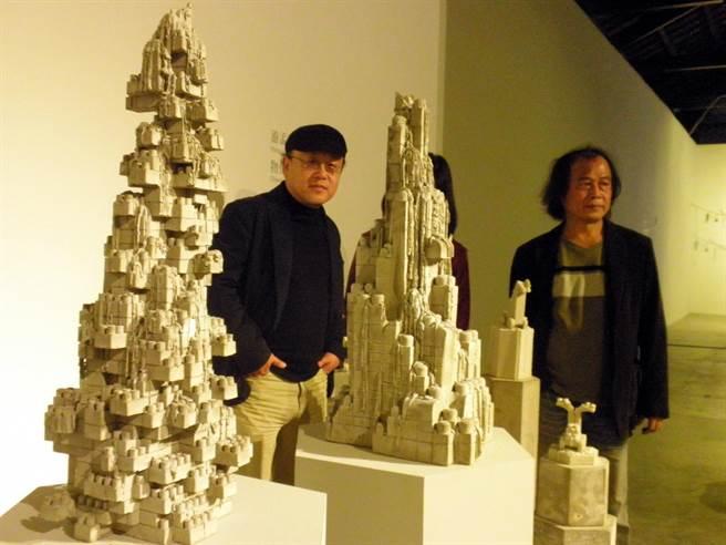 雕塑雙年展作品之一的《物化》,強烈暗示了慾望與夢想的變質。(李義攝)