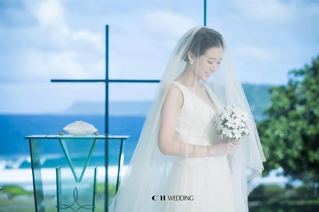 方志友甜美婚紗照曝光。(CH Wedding提供)