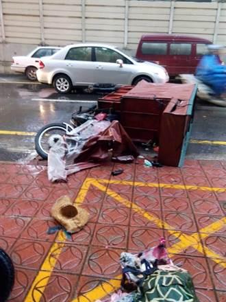 陰雨遮蔽視線 81歲翁撞死80歲婦