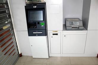 ATM賊熟仁德小路 監視器抓不到