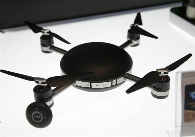 智慧型空拍無人機將徹底改變自拍的遊戲規則。(圖/美聯社)