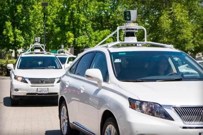 Google發布最新無人自駕車測試報告。(圖/翻攝The Verge)