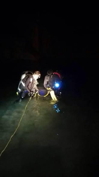 拖鞋掉落溪中 男子撿鞋溺斃