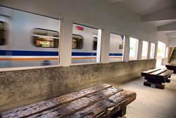 崎頂安靜漫步 子母隧道。濱海車站
