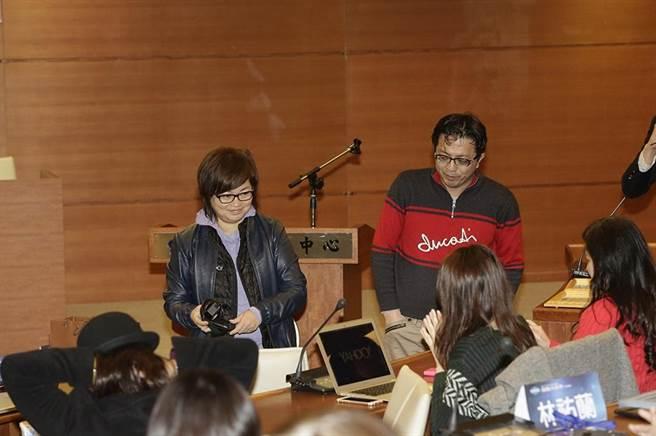 「電商大未來」講座兩位主講人,左為Yahoo台灣董事總經理王興,右為Yahoo奇摩台灣暨香港電子商務事業群副總裁王志仁。(圖/林勝發攝)