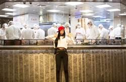 韓國乳神克拉拉在台灣!超貼身長褲性感露腰