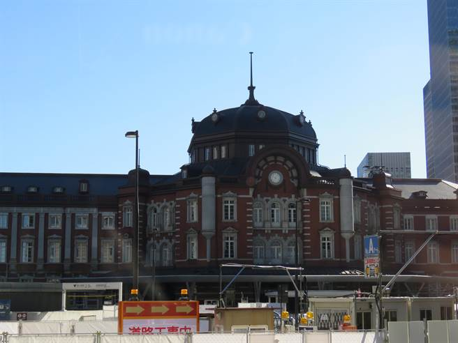 東京車站的外觀。(黃菁菁攝)