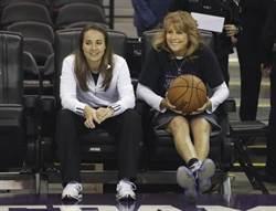哈蒙又寫歷史 成NBA首位明星賽女助教