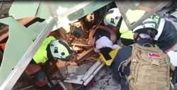 受困30小時 32歲男住戶獲救送醫