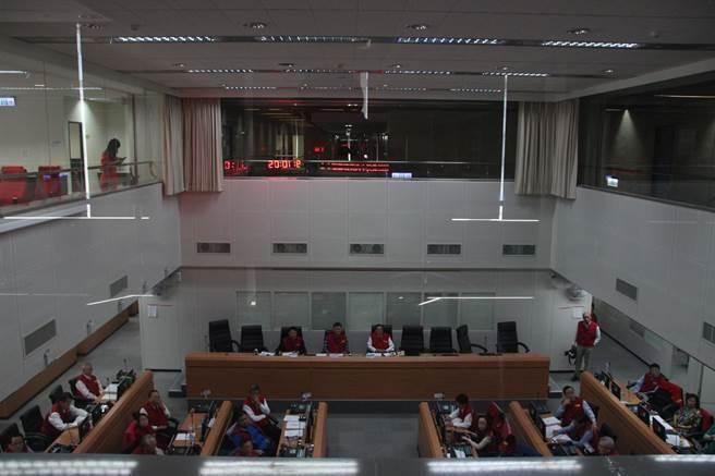 中央災害應變中心今(13)日上午9時舉行第20次工作會報。(葉書宏攝)
