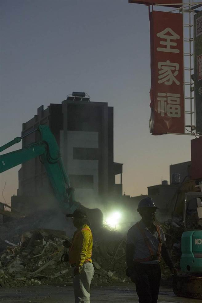 台南維冠大樓倒塌,報案協尋的人員在13日下午全部尋獲,確定116人罹難。(方濬哲攝)
