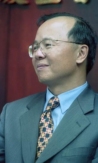 縱橫藍綠政壇 國安會秘書長傳許惠祐出線高