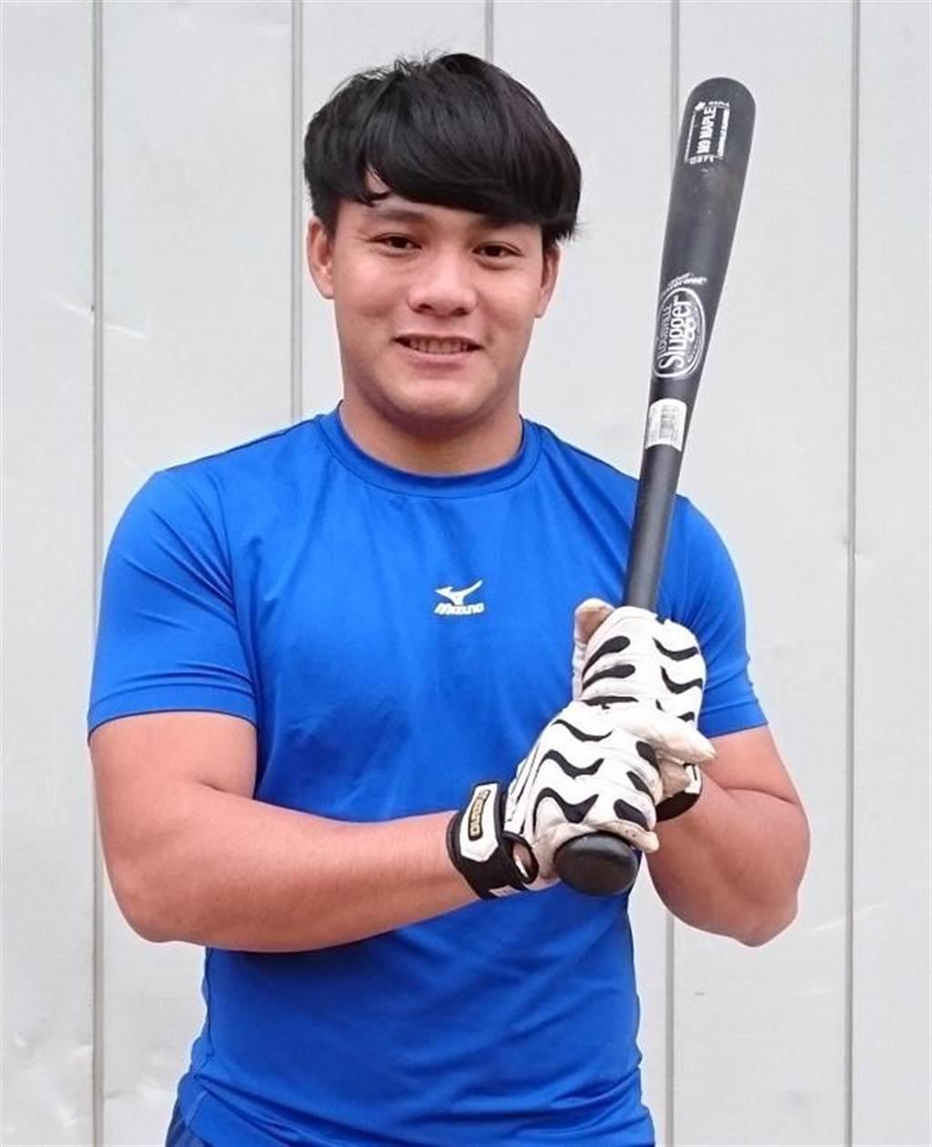 義守大學外野手林勝傑,為南部球員抱屈。(陳志祥攝)
