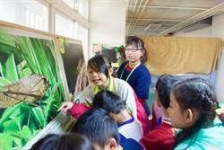 鳴蟲特展 僑平國小學生擔綱導覽