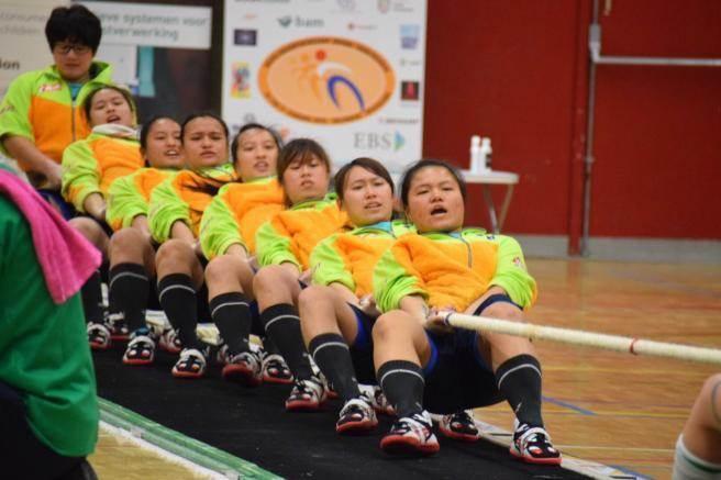 世界盃室內拔河錦標賽540公斤組台北時間20日傍晚5點登場。(景美女中提供)