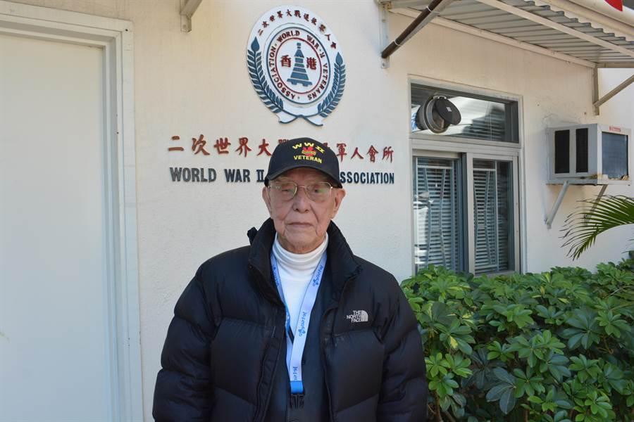 雖然認同自己是中國人,蔡彼得仍以自己二戰的英軍服務經驗為榮。(許劍虹)