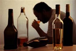 別等酒精中毒才戒!酒精成癮的四大階段