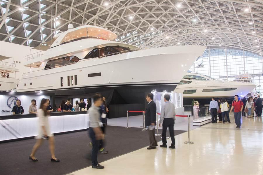 台灣國際遊艇展登場,是亞洲規模最大室內遊艇展。(林宏聰攝)