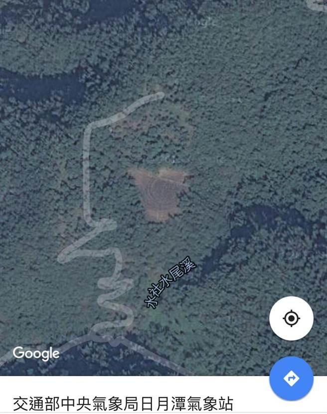 今日Google衛星圖,茶園已呈焦褐景況。(沈揮勝攝)