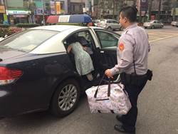 2名孩童街頭徘迴 永和警護送返家