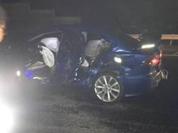 國道自撞下車察看 男遭追撞雙腿骨折