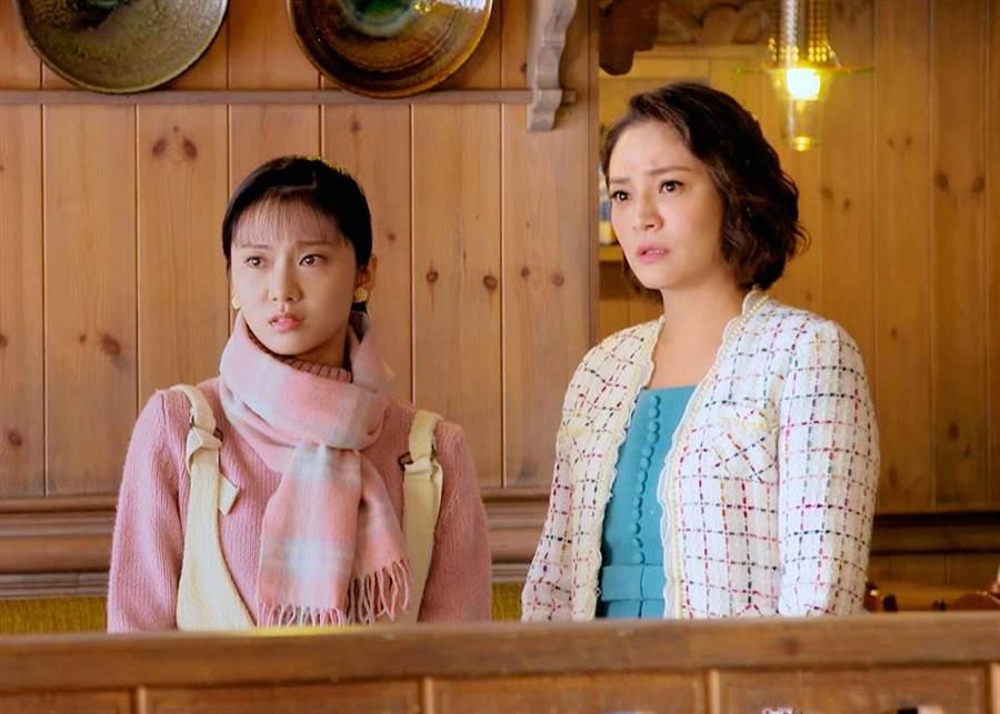 梁家榕在《1989一念間》飾演對女兒蔡黃汝管教嚴格的虎媽。(三立提供)