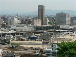 九州新幹線列車出軌 全線中止運行
